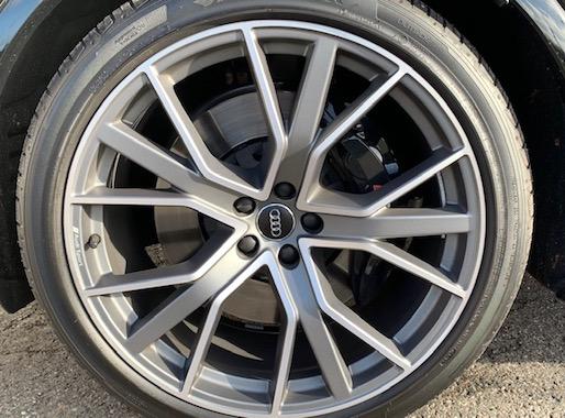 Audi SQ7 VAN