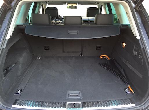 VW Touareq 3.0 TDI R-line